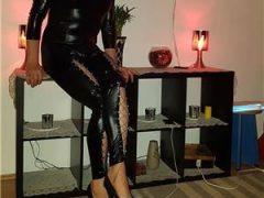 Mistress-Anya transexuala activa si pasiva aspect placut piele catifelata, dotata